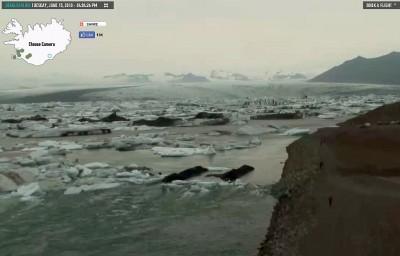 Icebergs lagoon Jokulsarlon