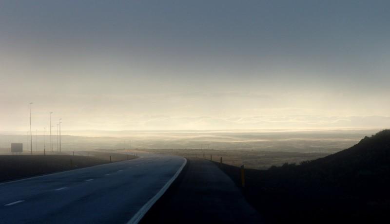 100805_weather_fog_kef-road