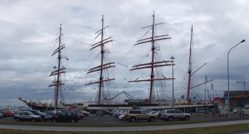 Sedov, Reykjavik, 2010-Sept-2