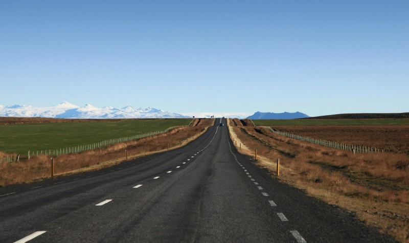 Iceland_road_one