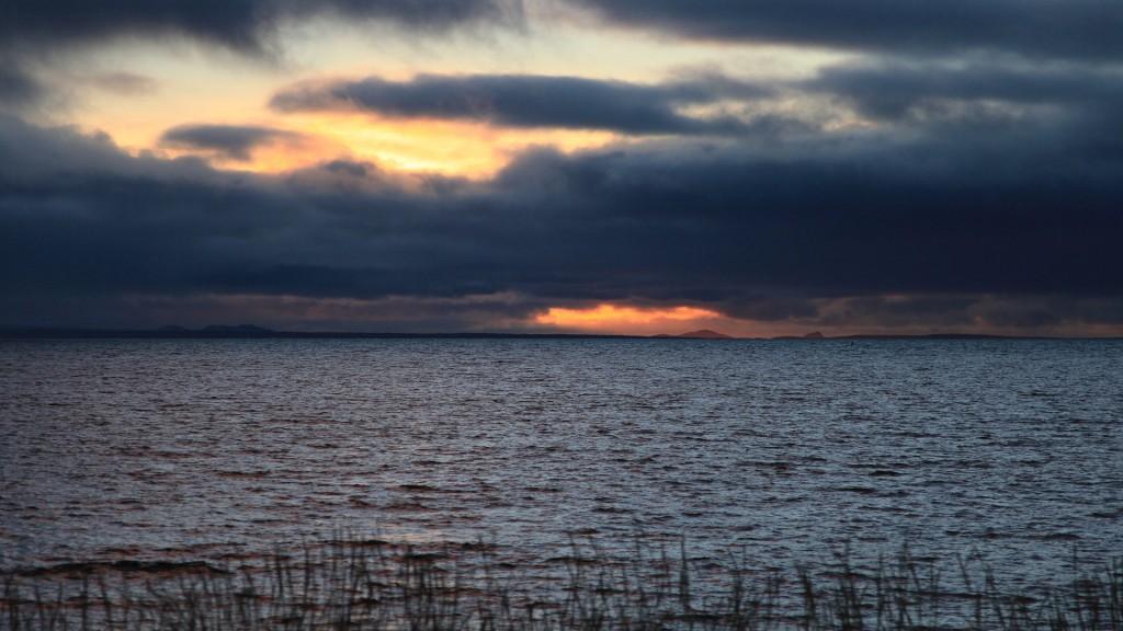 121124_0832_sunset_reykjanes